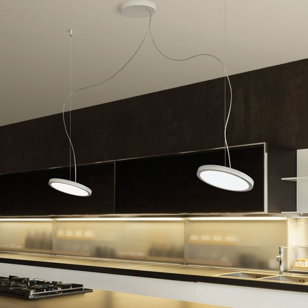 Idee luci soggiorno idee creative di interni e mobili for Luci led cucina