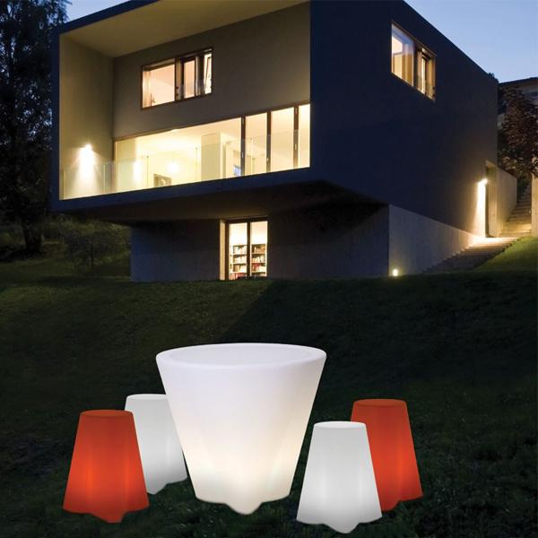 Tavoli Luminosi Da Esterno.Flower Vaso Luminoso Da Tavolo E Seduta Linea Light Esterno