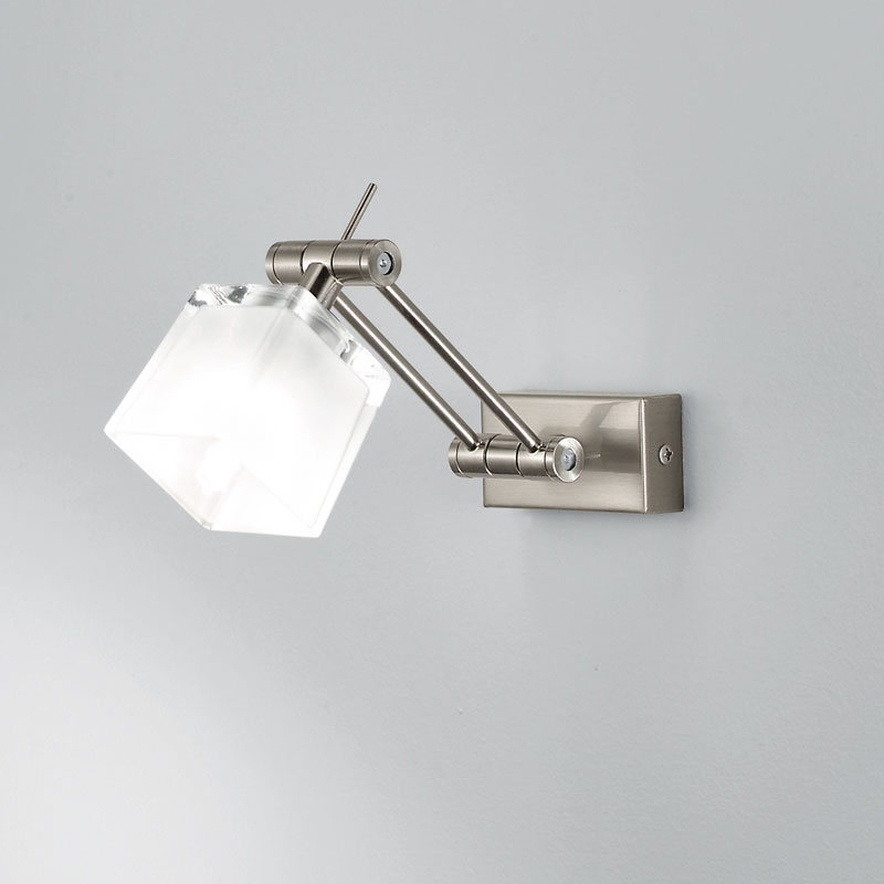 Tendenze illuminare il bagno progetti in luce - Lampade a parete per bagno ...