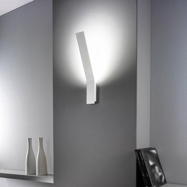 Lama linea light applique progetti in luce for Applique da parete moderni