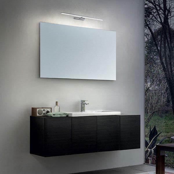 Straight applique linea light applique progetti in luce - Applique da specchio bagno ...
